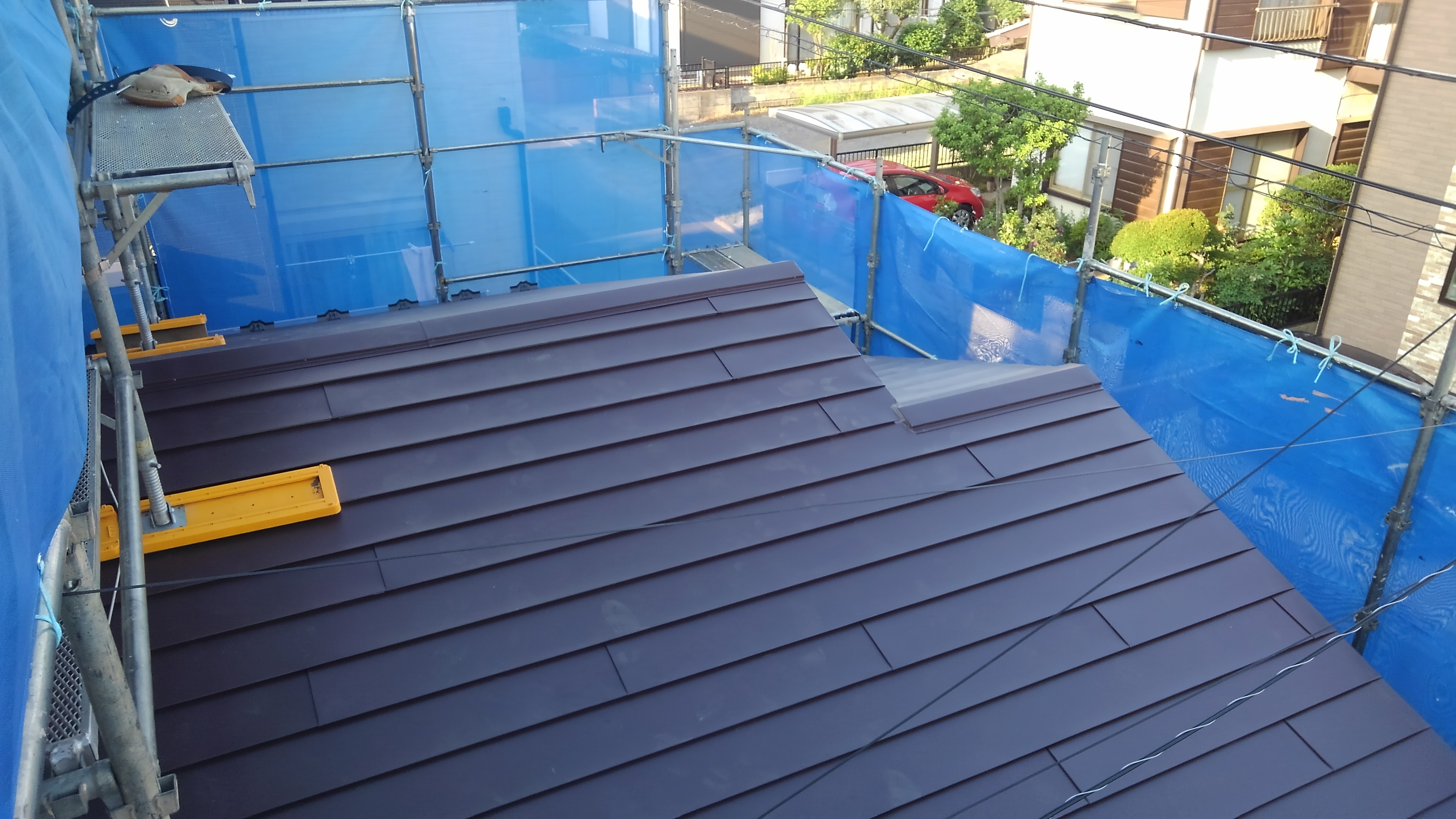 横葺ガルバリウム屋根